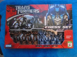 Discontinued Hasbro 2007 Transformers Movie Chess Set 32 Piece- complete. - $42.08