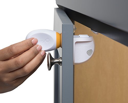 Safety 1st Adhesive Magnetic Lock System with 2 Locks and 1 Key