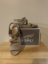Dansko Angela Metallic Sand Size 7.5-8US Womens (38EU) - $40.00