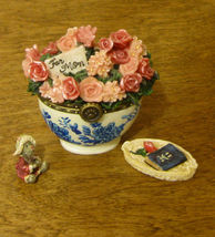 Boyds Treasure Box #82530 BEARLOVE'S FLOWER BOUQUET w/ MOMMA & BABY McNI... - £9.63 GBP