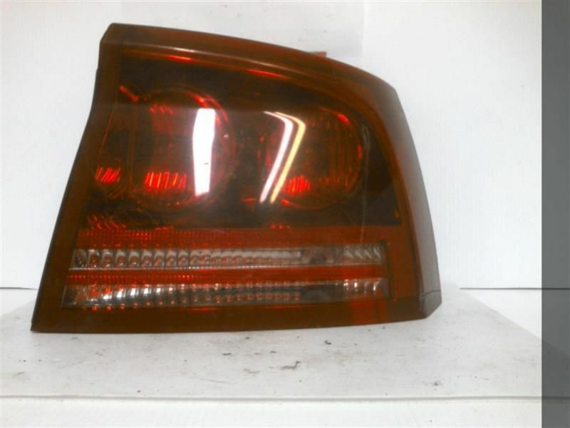 Primary image for Passenger Right Tail Light Fits 06-08 CHARGER 228566