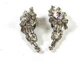 Vintage Sparkley Rhinestone Clip On Earrings Unbranded 71215bb - $34.64