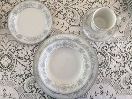 MIKASA DRESDEN ROSE 5pc PLACE SETTING DINNER SALAD PLATES CUP SAUCER SOU... - $17.96