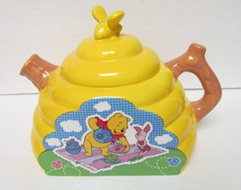 DISNEY WINNIE THE POOH TEA POT SERVER HARVEST BEEHIVE CERAMIC Houston - $69.95