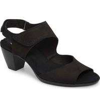 MUNRO Fabiana Black Comfort Sandals 9.5 M Medium  - $54.40