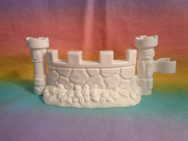 Fisher Price Little People Replacement White Curved Wall Castle Part - $4.90