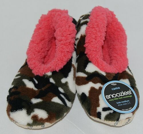 Snoozies Brand KCM005 Pink Dark Camouflage Girls House Slippers Size M