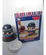 Dept 56 New York Yankess Lighted Village Refreshments Stand & Nut Dish B... - $21.77