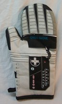 FUNNY NES NINTENDO POWER GLOVE OVEN MITT Nerd Block Exclusive NEW - $19.80