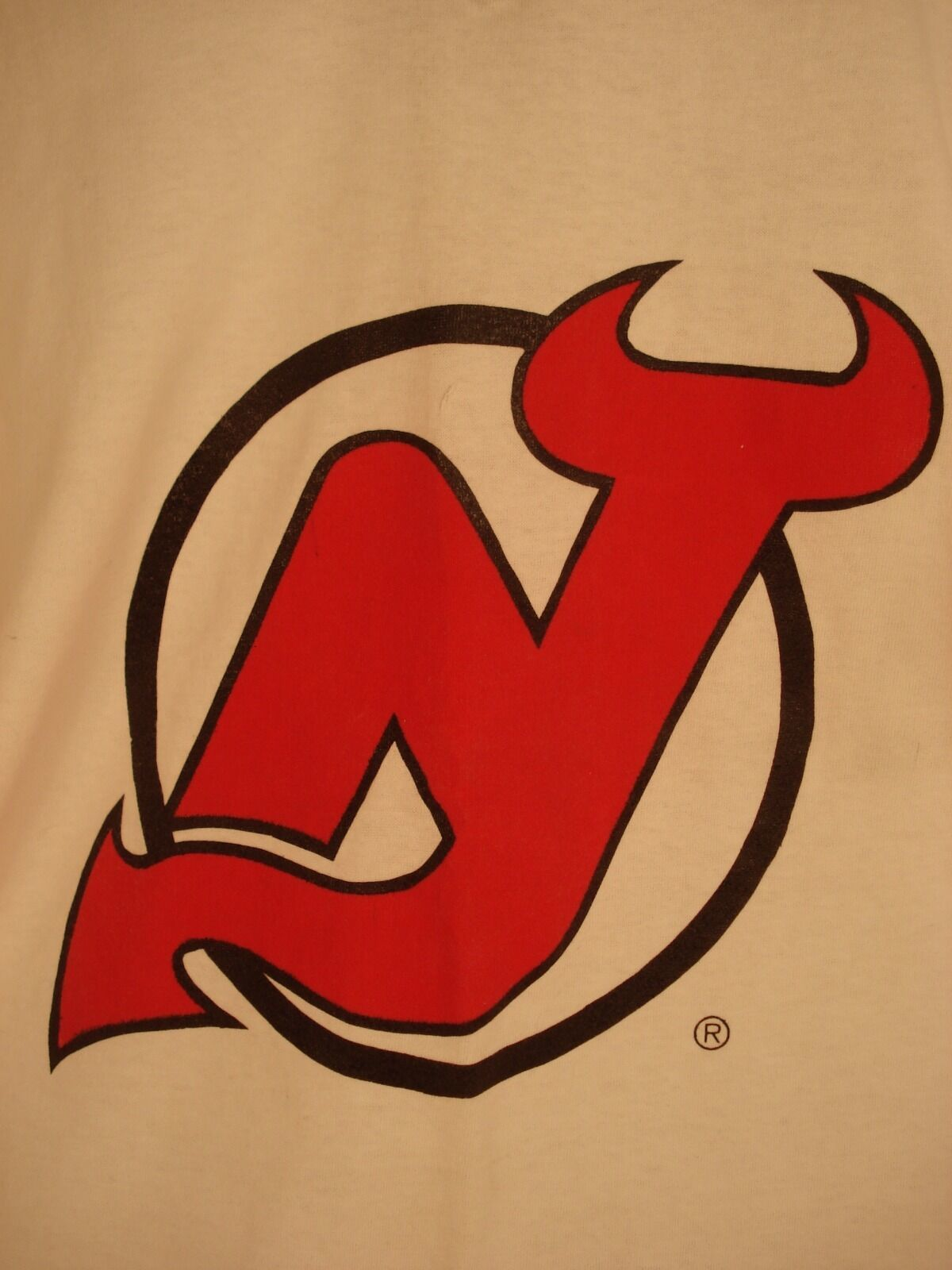 Primary image for NJ Devils Hockey Shirt Size L V-neck NHL Souvenir 100% cotton NWOT Hockey Fan