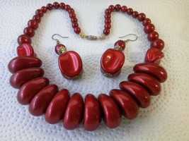Vintage  Beaded Choker Necklace and Earrings + FREE POUCH - $24.74