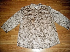 CHICO'S BEIGE/TAUPE 3/4 SLEEVE TOP SIZE CHICO'S 2 - $18.37