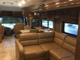 2017 Thor Tuscany XTE 36MQ For Sale In Salinas, CA 93908 image 3