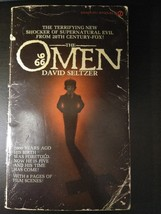 THE OMEN by DAVID SELTZER 1976 Signet paperback w/ 8 pages of horror fil... - $7.95