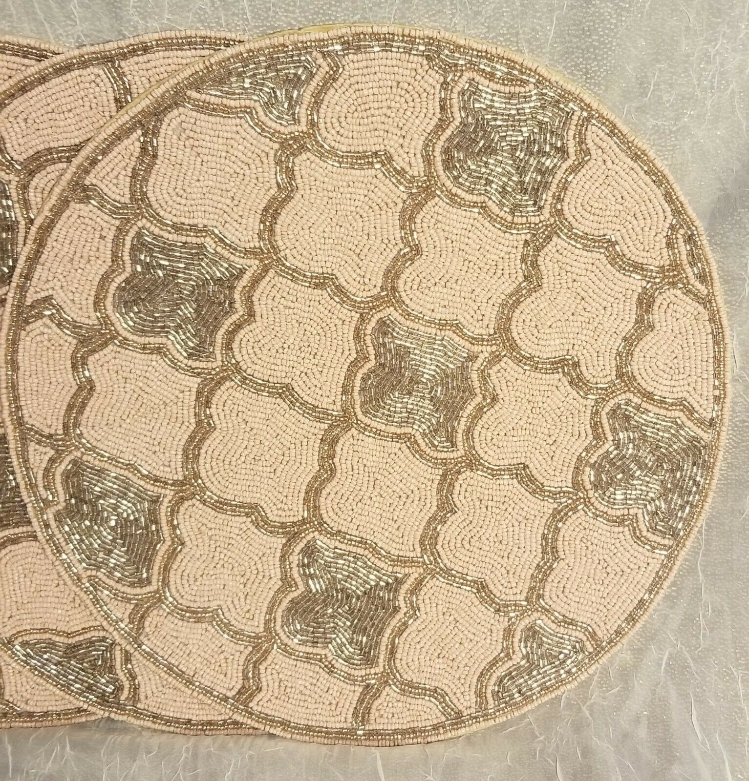 "Nicole Miller Home 15"" Beaded Charger 4 Placemats Pink Gold Pattern"