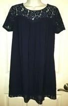 Forever 21 XXI Short Sleeve Scoop Neck Navy Lace Hem/Neckline Dress MEDIUM - $19.40