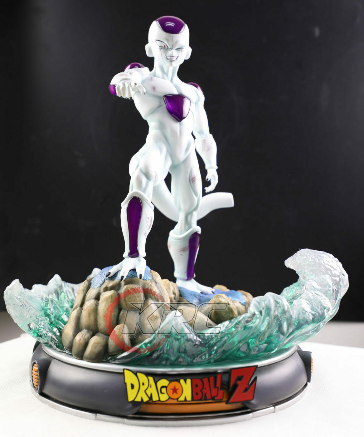 Dragon Ball Z 4pcs Goku Frieza Second /& Third Form Nail PVC Statue Kid Figure