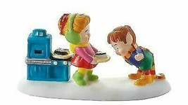Department 56 North Pole Sharing Easy-Bake Cake Accessory 4049206 NEW - $23.20