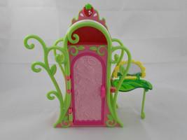 "Strawberry Shortcake Dresser Closet 8"" TCFC 2009 Hasbro - $5.95"