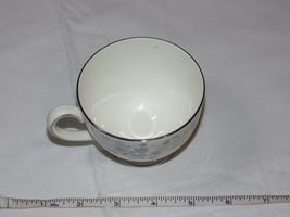 Wedgwood Belle Fleur Bone China 1 Tea Cup Made in England white blue ! image 5