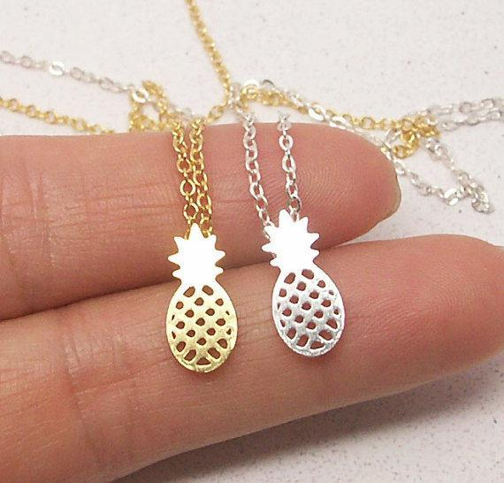 Shuangshuo Pineapple Theme Pendant / Necklace Link with Chain for Ladies / Women