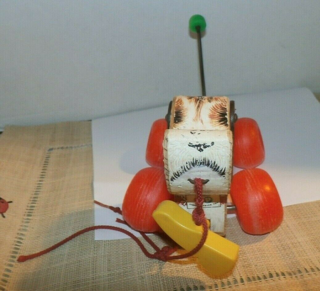 """Vintage 1968 Fisher Price """"LITTLE SNOOPY"""" Wood/Plastic Pull Along Dog #693 ~ GUC"""