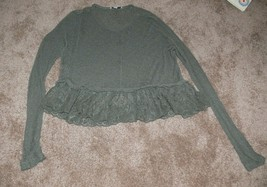 American Eagle Outfitters Womens Green Sheer Long Sleeve Top Size M nb - $8.50