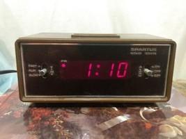 Spartus Vintage 1979 Woodgrain Alarm Clock Model 21-3001-190 - $20.01