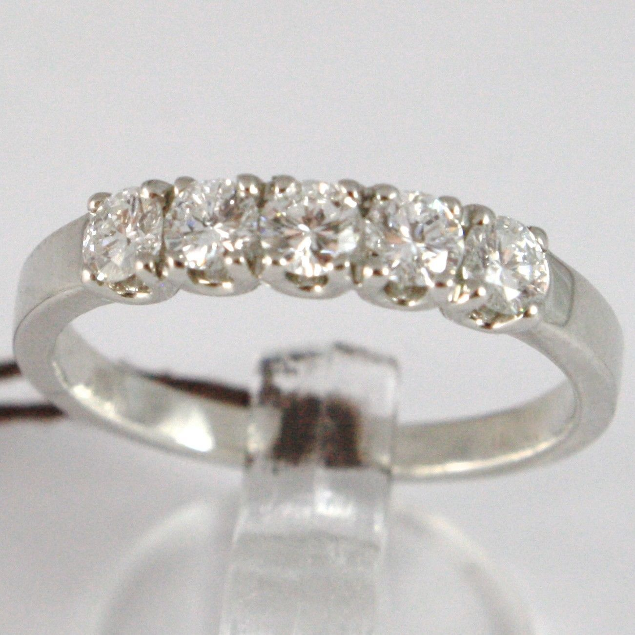 ANILLO DE ORO BLANCO 750 18 CT,VERETTA 5 DIAMANTES QUILATES TOTAL 0.53,VÁSTAGO