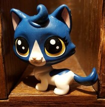 Littlest Pet Shop #39 Keena Catley Blue & White Kitty Cat  B4763 52851 Loose  - $5.48