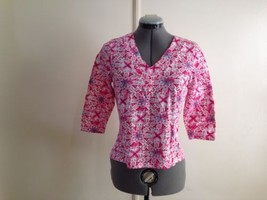 Caribbean Joe Pink with Blue Floral V Neck Top Shirt T Petite S - $14.50