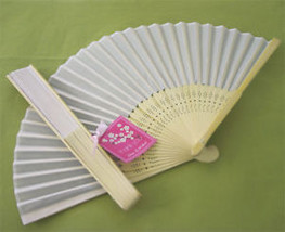 100 White Silk Fans BEACH Wedding Favor Place Holder - $123.45