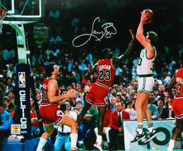 Larry Bird Signed Boston Celtics Shooting Over Michael Jordan 16x20 Photo - £148.98 GBP
