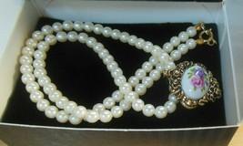 """Vintage AVON Victorian Romance Porcelain Necklace Small 17.5"""" - $23.99"""