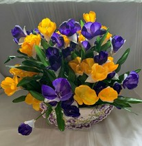 Longaberger 2006 Large Crocus Basket Combo With Liner Flowers Plastic Pr... - $144.93