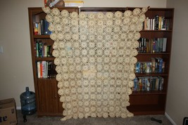 Antique Hand Crochet Lace Bedspread Tablecloth Couch Decor Ivory Cream - $71.48