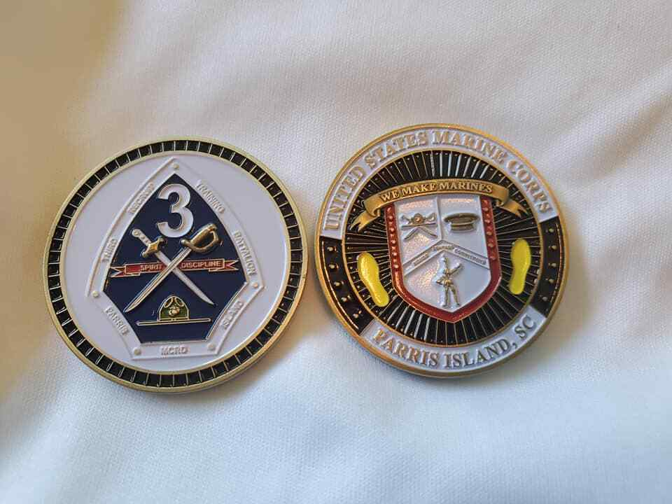 "MARINE CORPS PARRIS ISLAND 3RD RECRUIT YELLOW FOOTSTEPS 1.75"" CHALLENGE COIN"