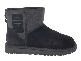 Ankle boot UGG AUSTRALIA 8452 in black suede leather - Women's Shoes - €176,57 EUR