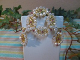 VTG NEW OLD STOCK COSTUME PIN/CLIP EARRINGS SET/PEARL STYLE - $12.24