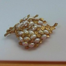 Vintage Signed BSK Gold-tone White Bead Brooch - $25.83