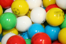 Gumballs Soccer Bubble Gum 25mm Or 1 Inch (285 Count), 5LBS - $29.33