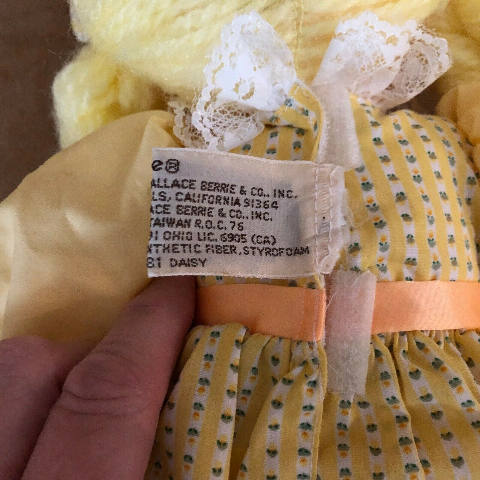 "Applause Daisy soft body doll vintage yellow dress hair Piorette 16""  image 8"