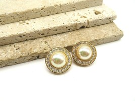 Vintage Roman Iridescent Faux Pearl Rhinestone Gold Clip On Earrings D6 - $16.99
