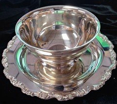 Silverplated One-Piece Dip Dish by Oneida - $14.00