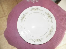 Wedgwood Westbury luncheon plate 12 available - $20.79