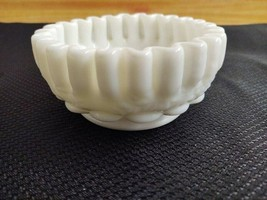 Vintage small Westmoreland milk glass ruffled shallow bowl - $16.25