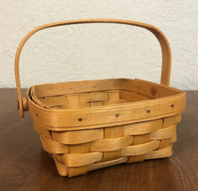 Longaberger Baskets Signed & Dated 2001 Handwoven Dresden, Ohio Small Basket - $14.95