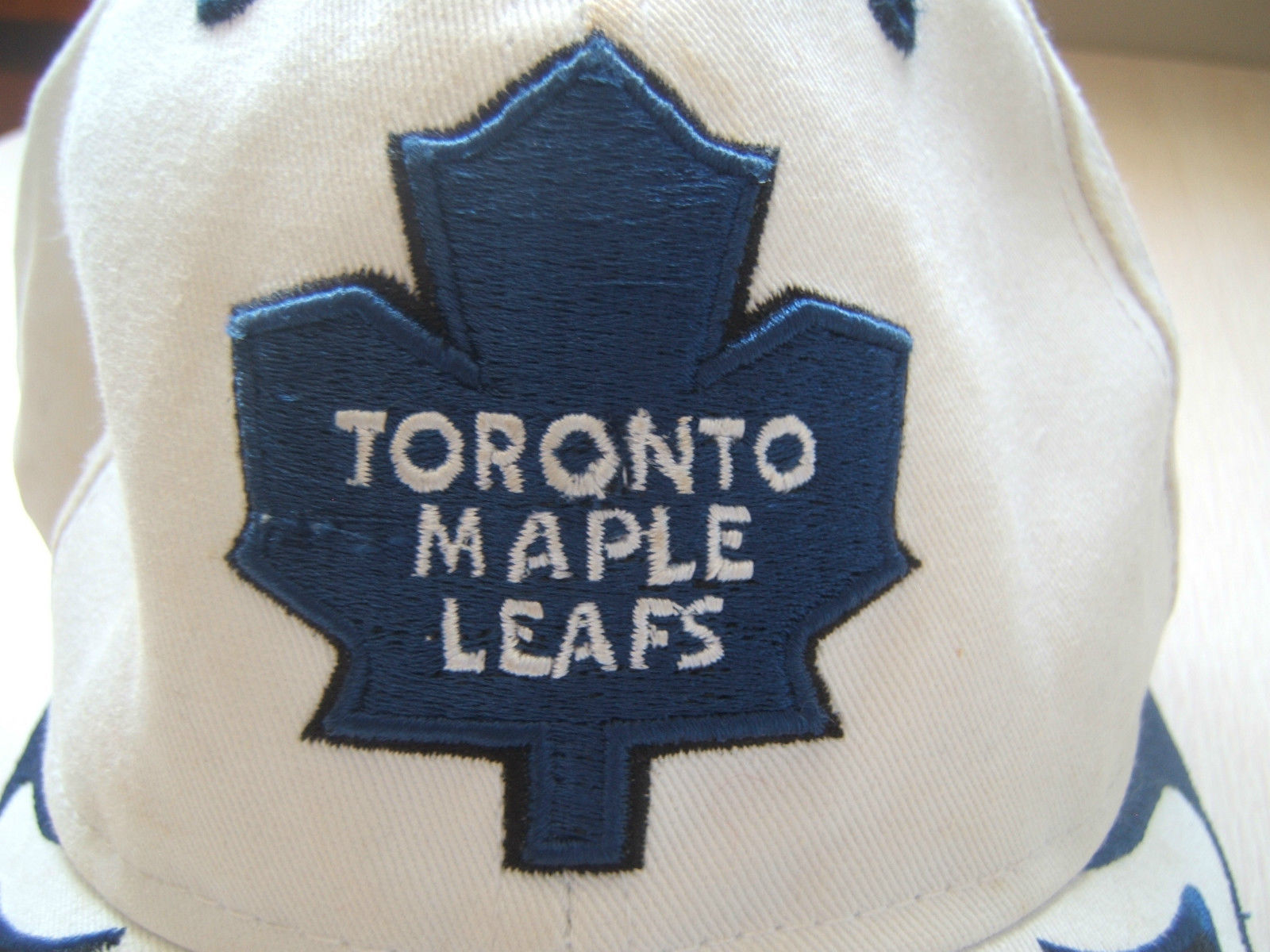 Trashed Toronto Maple Leafs NHL Hockey Hat Well Worn Dirty Reebok Hook Loop  Cap b21dd6ac02b7