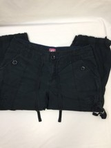 Old Navy Women Cargo Pants Cropped Above Ankle Black Cotton Regular Fit  Size 6 - $11.74