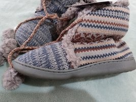 Muk Luks Girl's M Size 7-8 Soft,Furry & Warm 401 Slate Color Bootie - $39.99